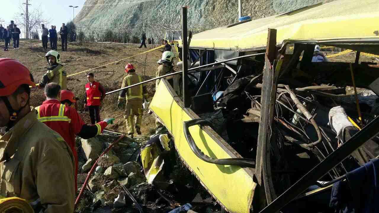 دانشگاه آزاد در حادثه واژگونی اتوبوس دانشگاه علوم تحقیقات مقصر شناخته شد