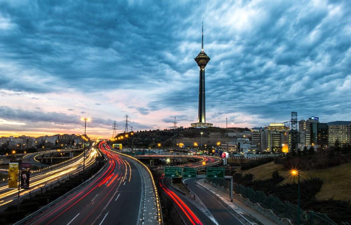 برق برج میلاد مهمترین برج ارتباطی کشور نیم ساعت قطع شد