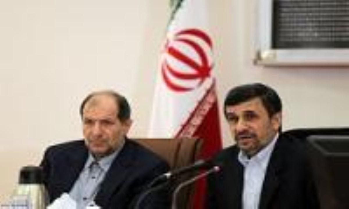 خدا سطح بالاتری از عزت را به ملت ایران خواهد داد/با کنترل دقیق بازار،مردم برای عید در مضیقه قرار نگیرند