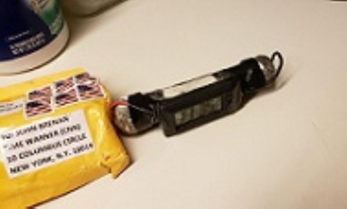 آمریکا در شوک ترور/ بستههای انفجاری تاکنون برای چه کسانی ارسال شده است؟
