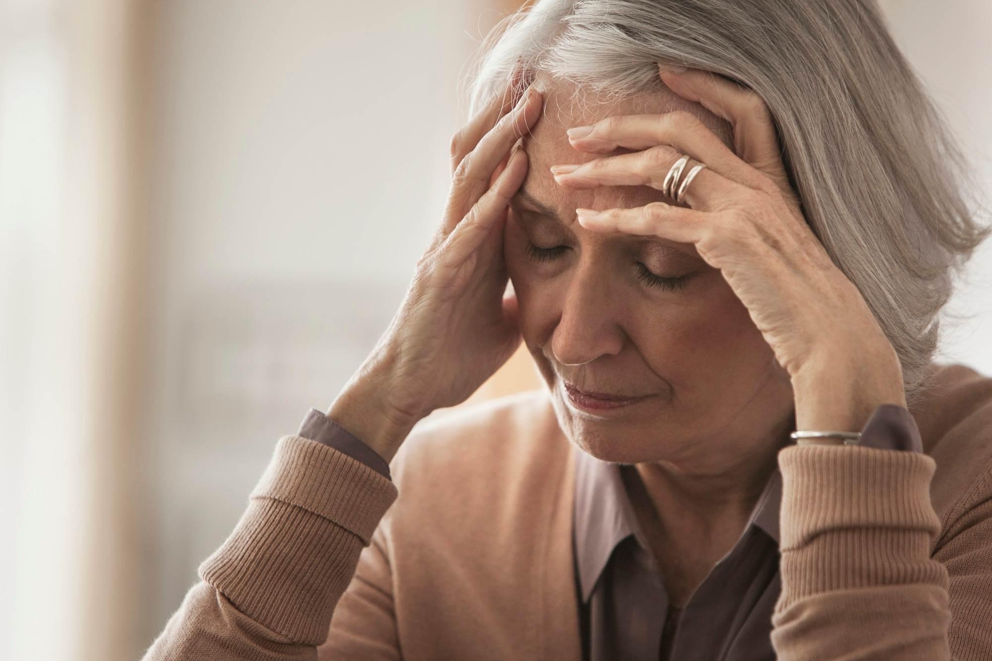 آیا رابطهای میان میگرن و آلزایمر وجود دارد؟