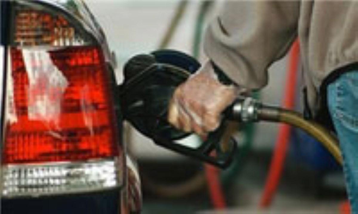 سهمیه 30 لیتری بنزین عید فطر امشب در کارتهای سوخت
