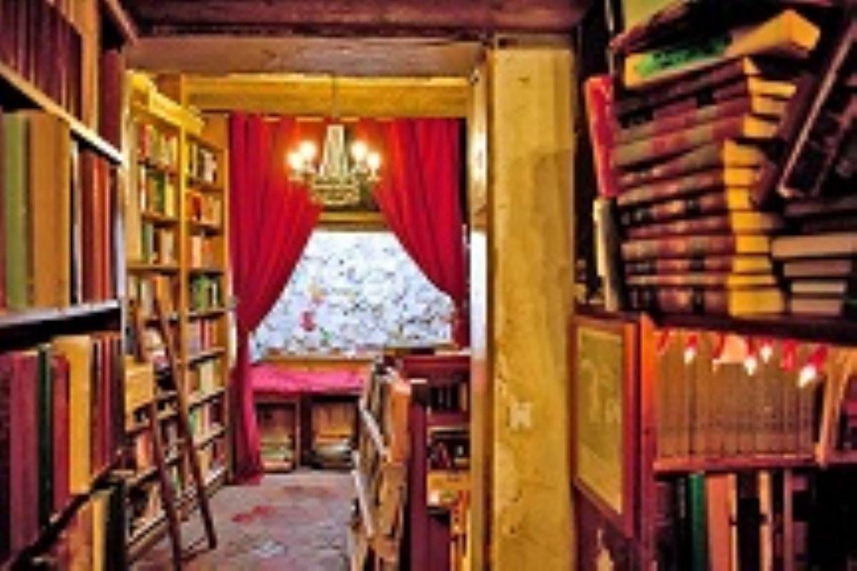 جالبترین کتابخانهها و کتابفروشیهای جهان/عکس