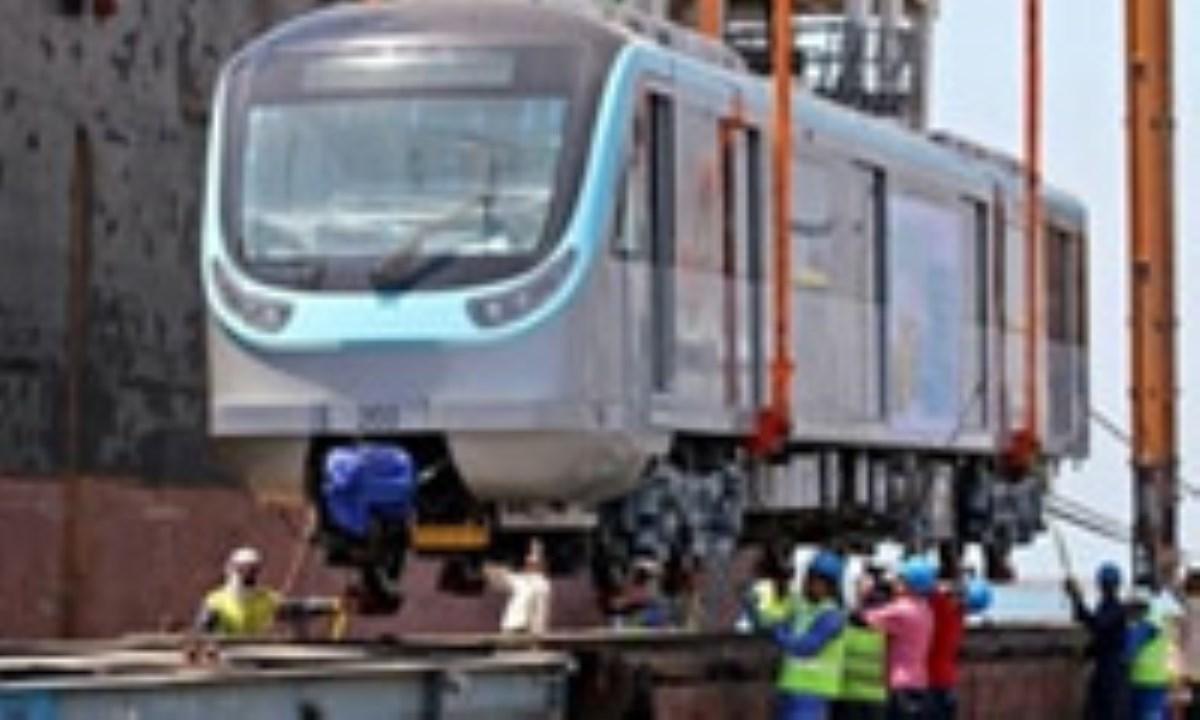 اتصال خلیج فارس به بندر خشک کرمان از طریق راهآهن یزد