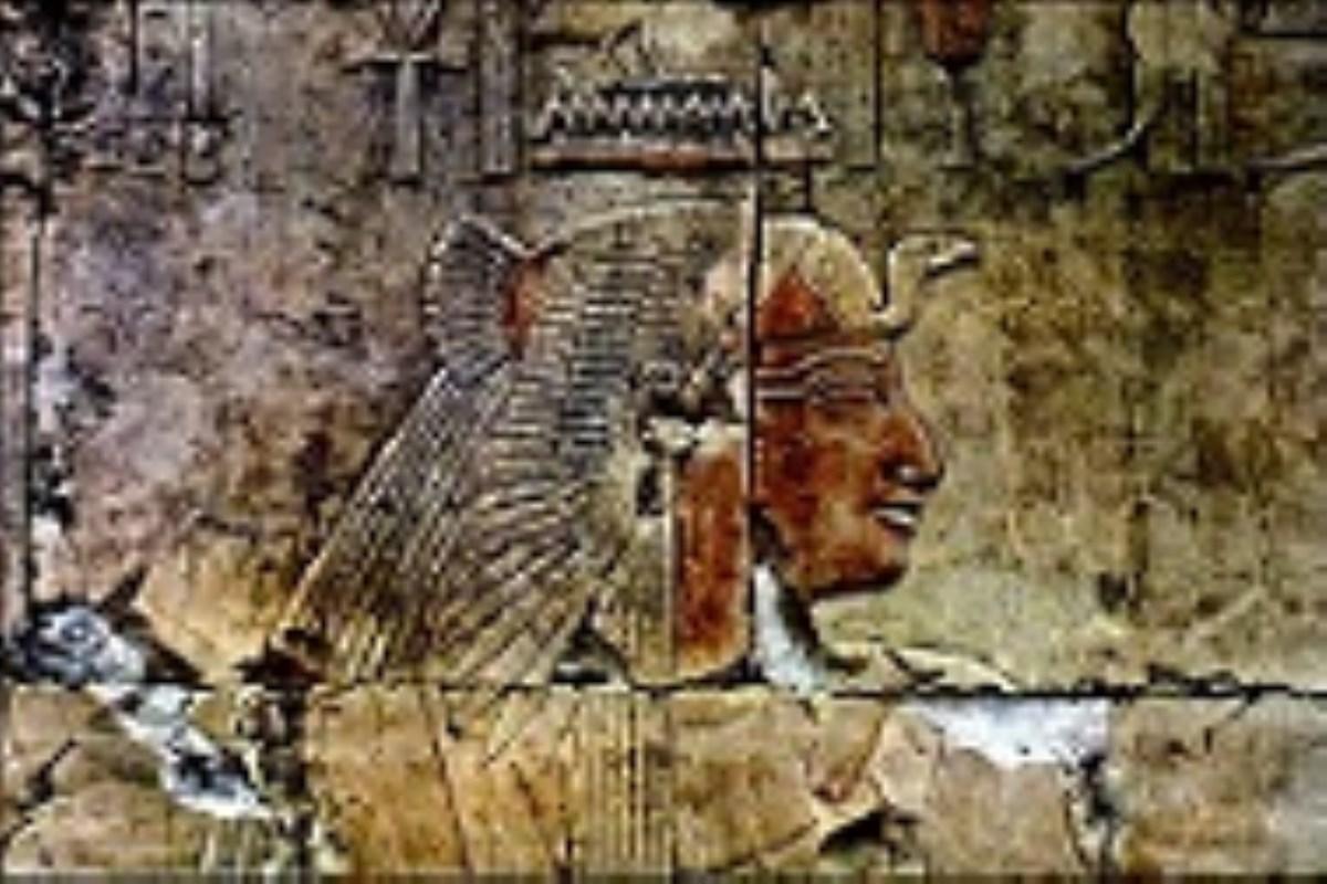 ردپای نژادپرستی در احیای کوروش/ باستانگرایی نیز نوعی از سلفیگری