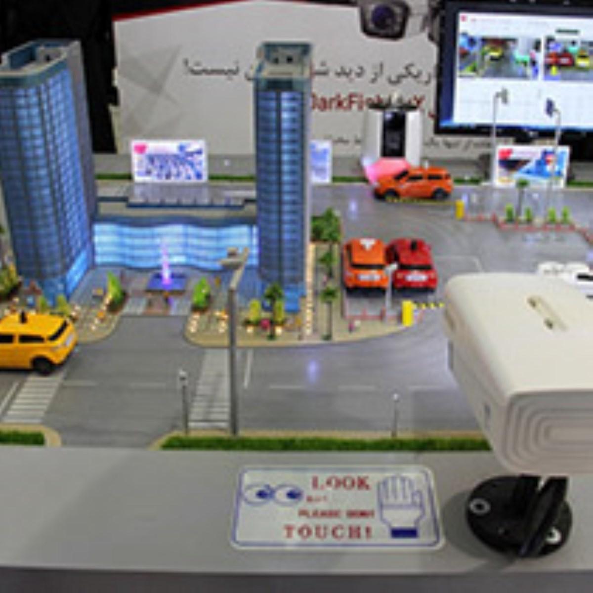 گزارش تصویری / شانزدهمین نمایشگاه بین المللی لوازم و تجهیزات پلیسی امنیتی
