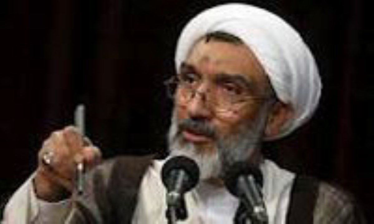 پورمحمدی: جلوی فساد و دستاندازی حقوق بیتالمال را بگیریم
