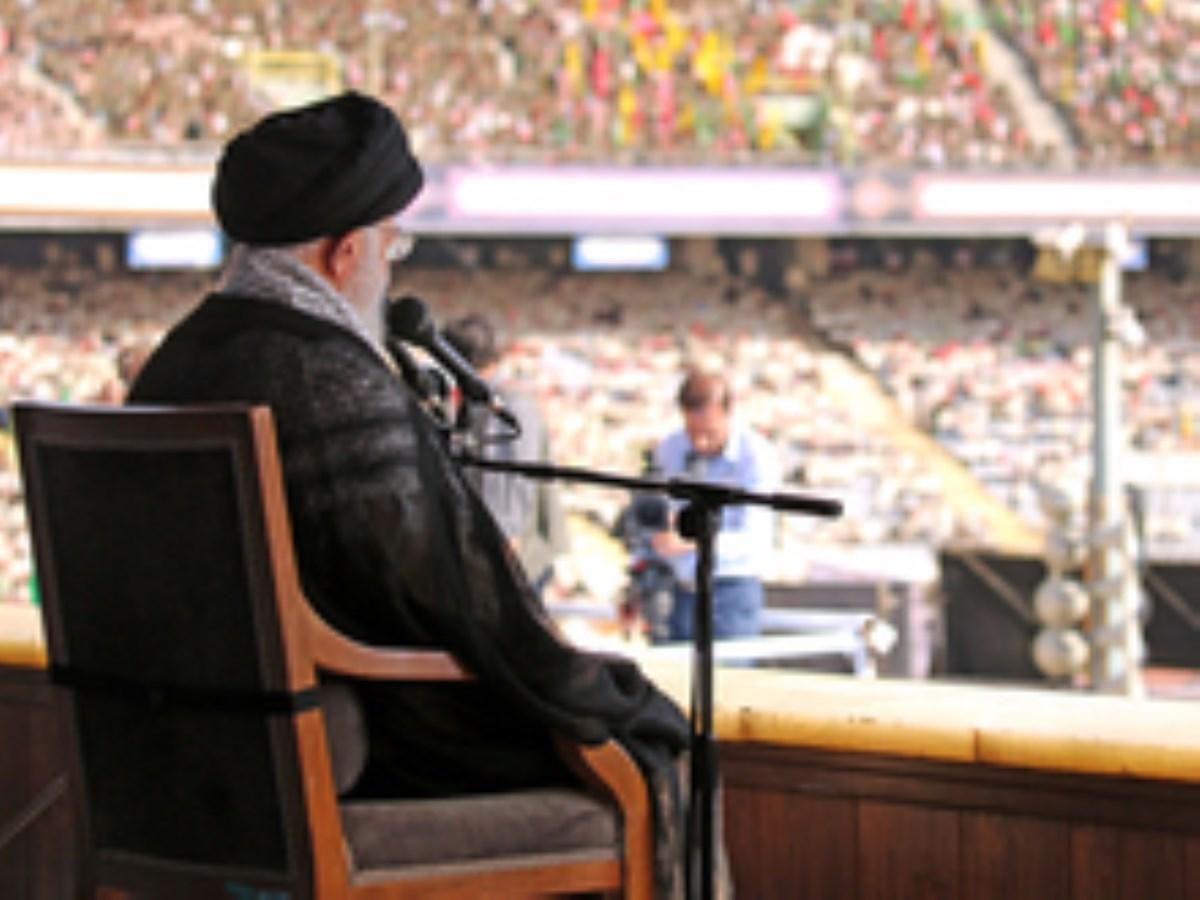 رهبر معظم انقلاب: حماسهی اربعین در پیش است.../فیلم