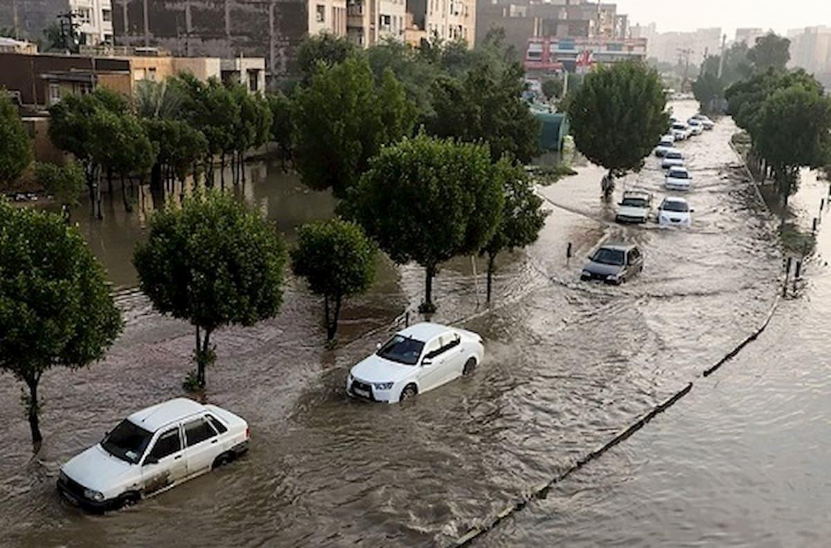 خوزستان زیر آب / ورود فاضلاب به منازل مردم