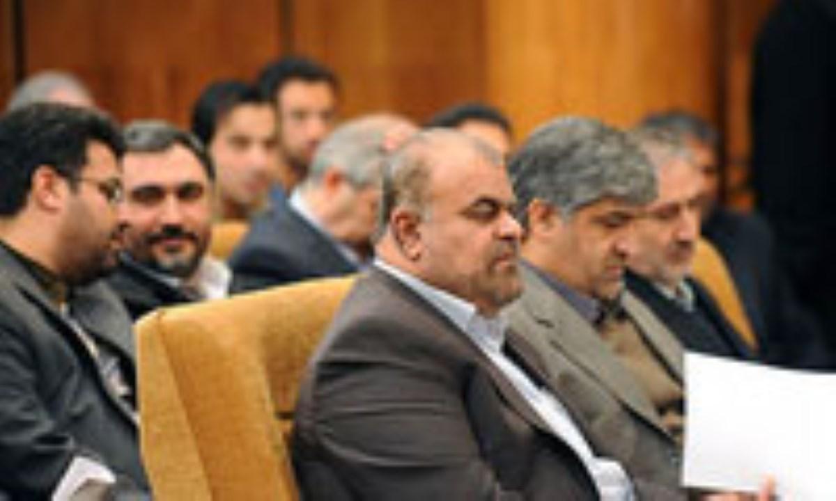 وزیر نفت اعلام کرد: قیمت واقعی نفت بیش از 150 دلار است