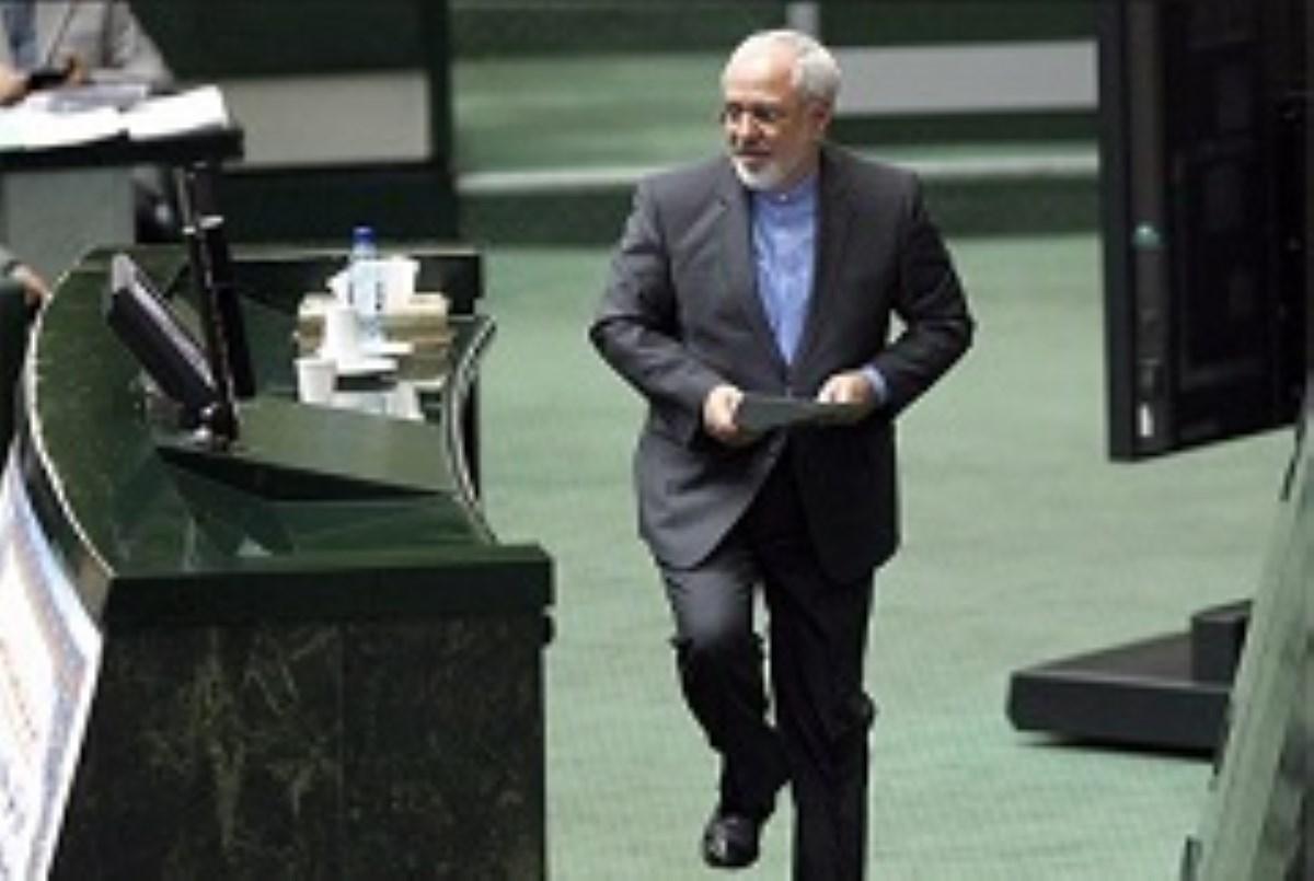 محمد جواد ظریف به مجلس احضار شد