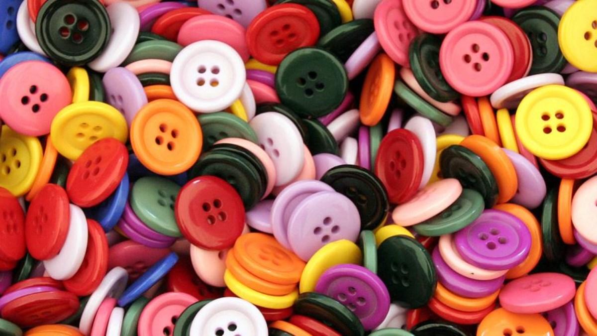 ۹۰ درصد دکمههای لباس وارداتی است! / مشکل تامین مواد اولیه در صنعت پوشاک