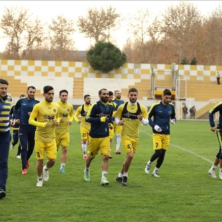 عکس ازتمرین تیم سپاهان قبل ازبازی باپرسپولیس