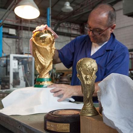 کارگاه تولید جام و مدال های جام جهانی 2018 روسیه