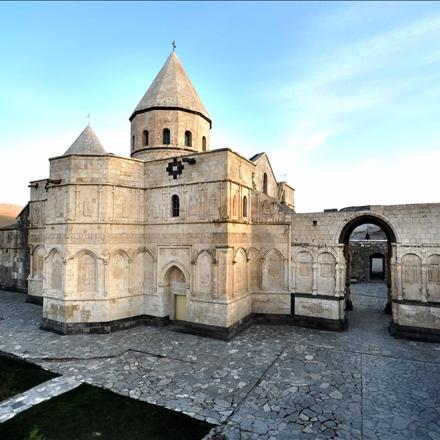 کلیسای مقدس تادئوس