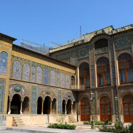 کاخ گلستان/نمای پنجره ها و ایوان
