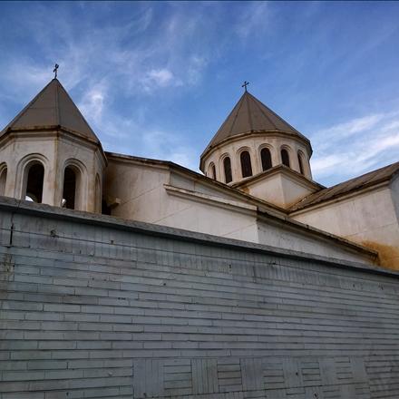 نمایی از کلیسای گاراپت مقدس، آبادان