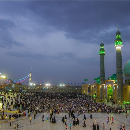 شبهای چهارشنبهٔ مسجد مقدس جمکران