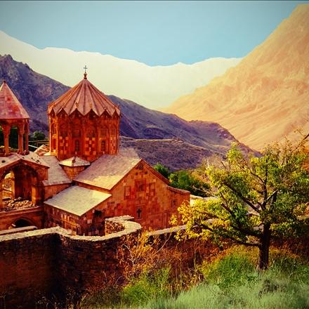 کلیسای استفانوس مقدس یا کلیسای سن استپانوس