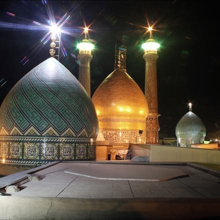 مرقد نورانی حضرت عبدالعظیم علیه السلام در شب