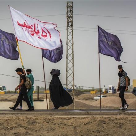 تصویر پیاده روی مردم در اربعین