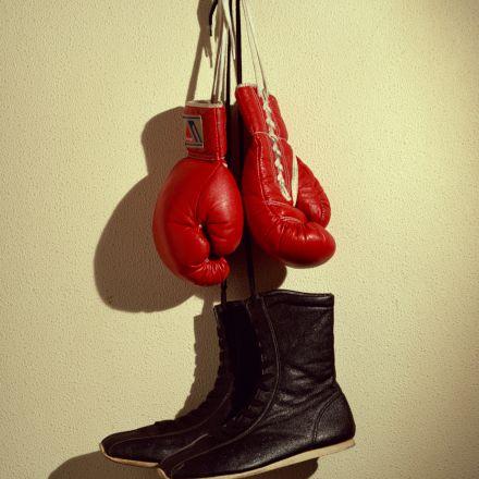 کفش و دستکش بوکس