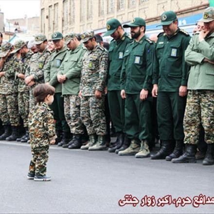 عکسی دردناک از فرزند شهید مدافع حرم