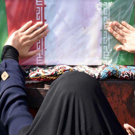 مراسم وداع و تشییع شهدای غواص در اصفهان
