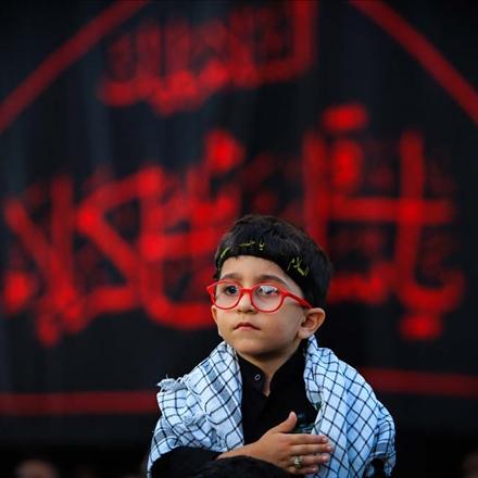 تصویر کودک عزادار حسینی