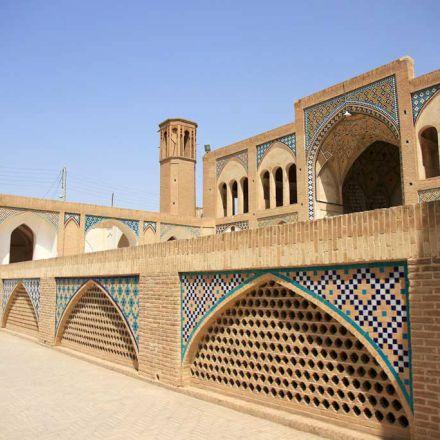 مسجد آقابزرگ کاشان