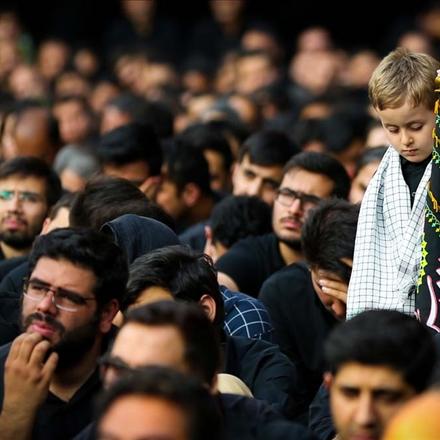 عکس کودک عزادار امام حسین علیه السلام