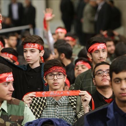دیدار هزاران نفر از دانشآموزان و دانشجویان با رهبر انقلاب