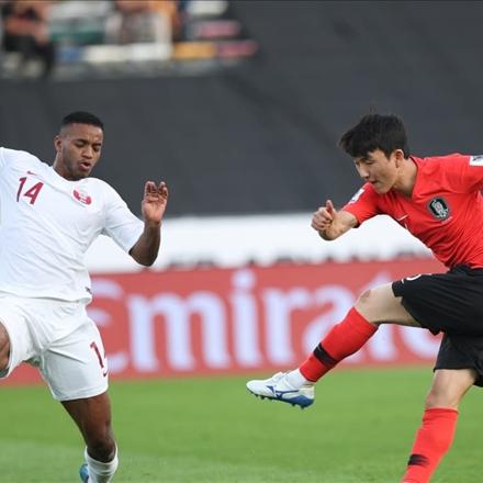 دیدار تیم ملی قطر و تیم ملی کره جنوبی