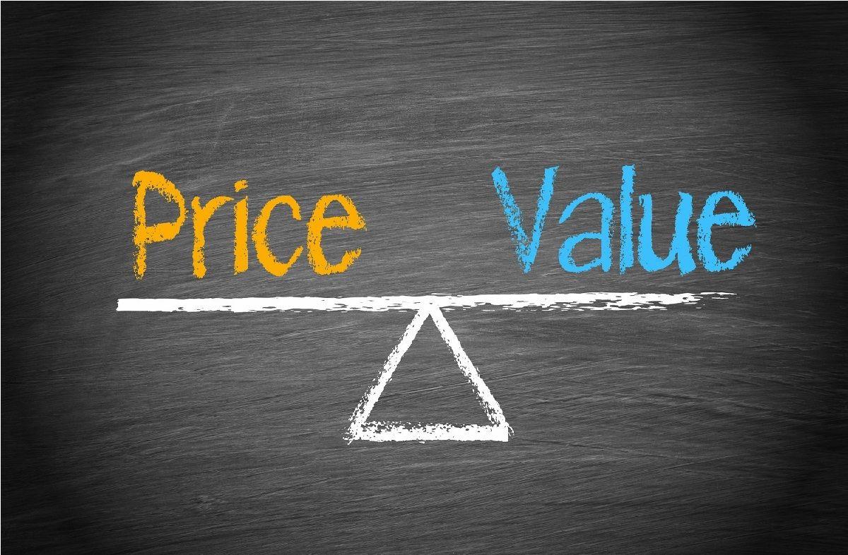 تفاوت ارزش (Value) با قیمت (Price) چیست و چه کاربردی در تحلیل بنیادی دارند؟