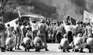 ديوان سالاري و انقلاب: مورد ايران اسلامي (3)