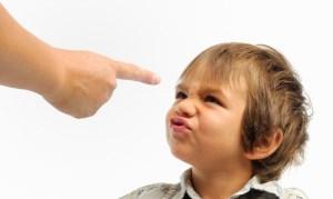 رفتارهای بد بچهها