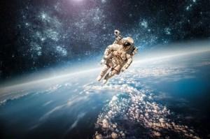 جوانب مثبت و منفی کاوش در فضا