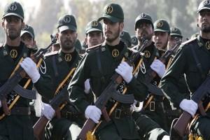عنوان پاسدار، براى انقلاب و اسلام ماند