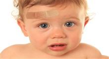 پزشکان چگونه صدمات وارد شده به سر کودک تازه به راه افتاده را درمان می کنند؟