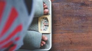 ریزه خواری عامل چاقی