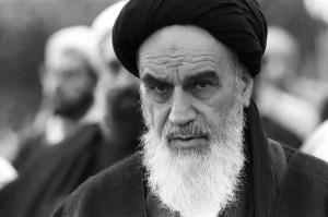 عوامل تاثیر گذار در پیروزی انقلاب اسلامی