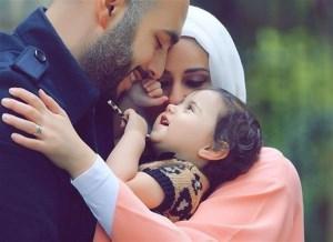 ویژگی والدینی که فرزندان شاد پرورش می دهند