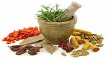 شیوههای کاهش درد زایمان با طب سنتی و طب سوزنی