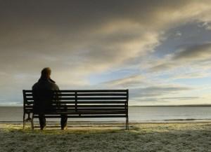 چه عواملی باعث پیدایش افسردگی می شوند؟