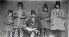 شیوه لباس پوشیدن مردان عهد قاجار