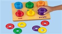 کودکان تازه به راه افتاده چه زمان رنگها را یاد می گیرند؟