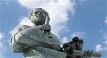 تئوفراستوس و آریستوکسنوس چه کسانی بودند؟