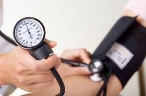 چرا قبل از بارداری باید فشار خون بالا کنترل شود؟