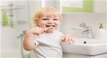بهترین راهکارهای آموزش مسواک زدن به کودکان