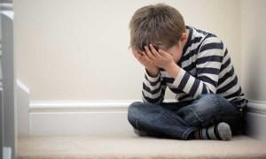 آشنایی با نشانه های افسردگی در کودکان